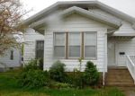 Foreclosed Home in Murphysboro 62966 CLARKE ST - Property ID: 3914085741