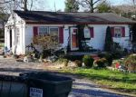 Foreclosed Home in Elizabethton 37643 ROSEWOOD CIR - Property ID: 3914653347