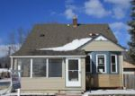 Foreclosed Home in Wyandotte 48192 CLINTON ST - Property ID: 3915150897