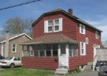 Foreclosed Home in Swansea 02777 LOUIS ST - Property ID: 3915180674