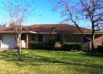 Foreclosed Home in Port Lavaca 77979 WESTWOOD DR - Property ID: 3915952827