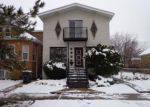 Foreclosed Home in Lincolnwood 60712 W GREENLEAF AVE - Property ID: 3916315910