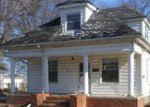 Foreclosed Home in Flora 62839 MEYER ST - Property ID: 3916332992