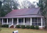 Foreclosed Home in Kingstree 29556 3RD AVE - Property ID: 3916486713