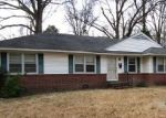 Foreclosed Home in Memphis 38111 OAK RIDGE DR - Property ID: 3916488461