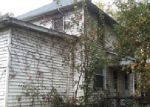 Foreclosed Home in Elkville 62932 HALLIDAYBORO RD - Property ID: 3916881320
