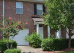 Foreclosed Home in Jacksonville 32225 LANDAU RD - Property ID: 3917144999