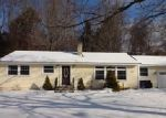 Foreclosed Home in North Branford 06471 LAKE RD - Property ID: 3917181779