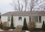 Foreclosed Home in East Haven 06512 EDGAR ST - Property ID: 3917190983