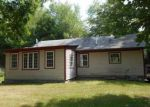 Foreclosed Home in Lyman 04002 TRUDEAUS TRL - Property ID: 3918293345