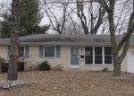 Foreclosed Home in Belleville 62221 LINCOLNSHIRE BLVD - Property ID: 3925561979