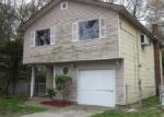 Foreclosed Home in Mastic 11950 PATCHOGUE AVE - Property ID: 3929129257