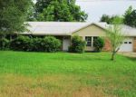 Foreclosed Home in Smithville 78957 NE 8TH ST - Property ID: 3929573367