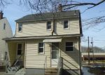 Foreclosed Home in Bloomfield 06002 BLUE HILLS AVE - Property ID: 3930256615