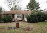 Foreclosed Home in Conyers 30013 HICKORY ST SE - Property ID: 3931932743