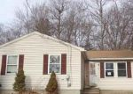 Foreclosed Home in Worcester 01609 BARROWS RD - Property ID: 3931996237