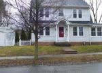 Foreclosed Home in Hamden 06517 WAKEFIELD ST - Property ID: 3933713540