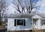 Foreclosed Home in Peoria 61614 N EDGEBROOK DR - Property ID: 3934123935