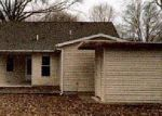 Foreclosed Home in Mascoutah 62258 EISENHOWER RD - Property ID: 3934141438