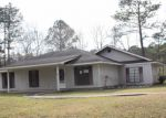 Foreclosed Home in Hammond 70401 BLANCHE LN - Property ID: 3937097775