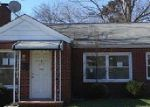 Foreclosed Home in Hampton 23661 RUTHERFORD ST - Property ID: 3937321119