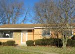 Foreclosed Home in Pittsburgh 15235 LAURIE DR - Property ID: 3937355284