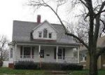 Foreclosed Home in Mattoon 61938 PRAIRIE AVE - Property ID: 3941917220