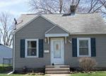 Foreclosed Home in Davenport 52806 N FILLMORE ST - Property ID: 3942084535