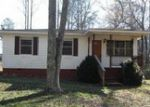 Foreclosed Home in Pell City 35128 CAMP WINNATASKA RD - Property ID: 3943110713