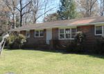 Foreclosed Home in Anniston 36201 TOLBERT ST - Property ID: 3945309333