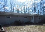 Foreclosed Home in Walnutport 18088 WOODLAND CIR - Property ID: 3945965872