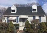 Foreclosed Home in West Haven 06516 3RD AVE - Property ID: 3946706926