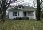 Foreclosed Home in Mount Vernon 62864 N 7TH ST - Property ID: 3946997736
