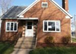 Foreclosed Home in Momence 60954 S MAPLE ST - Property ID: 3947057290