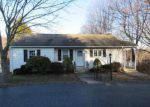 Foreclosed Home in Hamden 06514 PINE ROCK AVE - Property ID: 3948138659