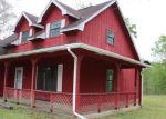 Foreclosed Home in Vidor 77662 HONEYBEE ST - Property ID: 3948263920