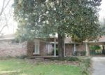 Foreclosed Home in Vicksburg 39180 LIGHTCAP BLVD - Property ID: 3948913422