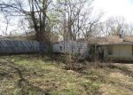 Foreclosed Home in Kansas City 64152 NW LOCUST DR - Property ID: 3950197567