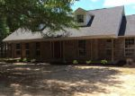 Foreclosed Home in Milton 32570 WINDHAM RD - Property ID: 3950608383