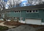 Foreclosed Home in Orange 06477 LONGMEADOW RD - Property ID: 3952131213