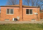 Foreclosed Home in Livonia 48152 MILBURN ST - Property ID: 3954024134