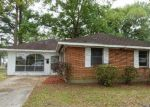 Foreclosed Home in Baton Rouge 70805 BEECH ST - Property ID: 3956211387
