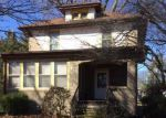Foreclosed Home in Davenport 52803 FARNAM ST - Property ID: 3957036979