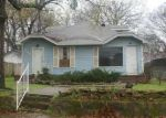 Foreclosed Home in Kilgore 75662 LAWRENCE ST - Property ID: 3957493782
