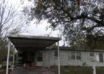 Foreclosed Home in Victoria 77901 CEDAR ST - Property ID: 3957971608