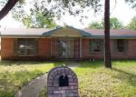 Foreclosed Home in Kaufman 75142 CRESTVIEW DR - Property ID: 3957982106