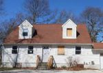 Foreclosed Home in Shirley 11967 FAIRVIEW DR - Property ID: 3958477464