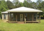 Foreclosed Home in Hattiesburg 39401 LARRY GOFF RD - Property ID: 3960204392