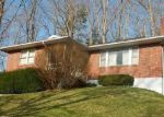 Foreclosed Home in Bluefield 24701 CASTLEWOOD LN - Property ID: 3961184584