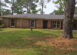Foreclosed Home in Tuscaloosa 35405 WOODHILL CIR - Property ID: 3961368531